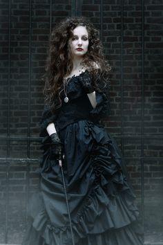 Bellatrix Lestrange- Fantastic Costume!