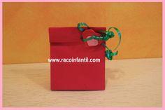 Hoy os presentamos la segunda entrega de ideas para decorar una bolsa de papel  http://www.racoinfantil.com/manualidades/bolsa-de-papel/decoraci%C3%B3n-tipo-2/