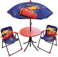 Ihr Kind wird sich sehr freuen, sich im Garten wie eine große auf des Garten mit dem Bild Ihrer Autos des Cartoon Cars: Flash Mac Queen und seine Freunde. Diese 2Klappstühle sind leicht zu biegen und damit zu verstauen. Den Sonnenschirm wird, dass Ihr Kind lässt sich in den Schatten. Tisch: +/-H. 46x Ø 46cm, Stuhl: +/-h.53x L.39x p.39cm und Sonnenschirm: +/-h.125x Ø 100cm.. Info zu diesem Artikel Ihr Kind wird sich sehr freuen, sich im Garten wie ein großer auf seinem Gartenmöbel-Set… Table Picnic, Table Camping, Disney Cars, Bbg, Home Goods, Chair, Furniture, Home Decor, Autos
