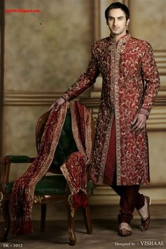 The Sherwani is the most royal outfit for an Indian male. The roots of Sherwani date back to the fifteenth century when the Mughal emperors existed. The Sherwani belongs to India. Indian Wedding Clothes For Men, Indian Wedding Outfits, Indian Outfits, Indian Weddings, Sherwani Groom, Wedding Sherwani, Punjabi Wedding, Indian Groom Wear, Indian Ethnic Wear