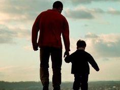 Uma mulher que tem dúvidas quanto a paternidade do filho que espera deve informar isso aos possíveis pais. Não fazer nada, cobrar pensão e depois descobrir que quem está arcando com os custos não é o progenitor faz com que ela tenha de pagar ao homem inde