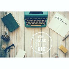What are your 2016 resolutions? Stay tuned for the first blog post on the blog about setting your new year resolutions and the best way to stick with them! Comment with your resolutions!!! #2016 #resolution #blog #blogging #peuapeubelle #comment #follow #newyear #lifestyle #lifestyleblogger #blogger #bloggerannonymous