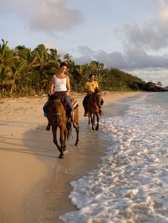 Horseback Riding on the beach #OrvisWomen