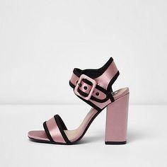 Pink satin block hee