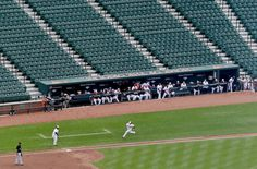 The 8 Weirdest GIFs From the Weirdest Baseball Game Ever