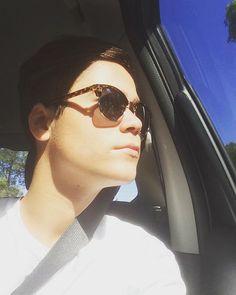 You're just a daydream away Cute Photos, Far Away, Daydream, Girlfriends, Pilot, Sunglasses Women, Instagram Posts, Pretty Pictures, Girls
