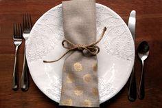 Guardanapos para casamento: Ideia de guardanapo para casamento feito de pano, ideal para casamento rústico