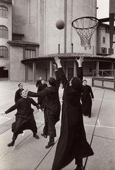 "Catholic Priests at a Seminary Shooting Hoops historical-nonfiction: "" Bergamo, Italy. Catholic Priest, Catholic Art, Roman Catholic, Caravaggio, Ora Et Labora, Catholic Pictures, Catholic Quotes, Papa Francisco, Kirchen"