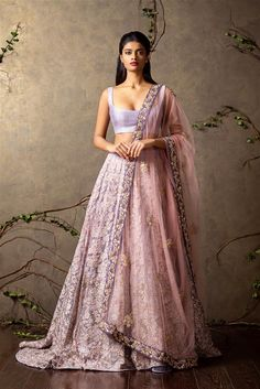 Top Picks Heavily embroidered lilac lehenga with plain raw silk blouse and sheer pink dupatta - Shyamal and Bhumika New Collection 2015 - A Little Romance - Autummn-Winter Collection 2015 Lehnga Dress, Bridal Lehenga Choli, Indian Lehenga, Saree Gown, Mode Bollywood, Bollywood Fashion, Desi Wear, Dress Indian Style, Indian Dresses
