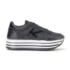 Pantofi sport de dama negri cu platforma și efect strălucitor it160318-54 | Fashionmix.ro Brown Leather Shoes, Samba, Blue Brown, All Black Sneakers, Polka Dots, Blog, Fashion, Tennis, Moda