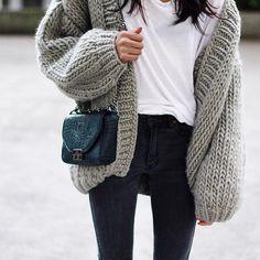 "Pepamack on Instagram: ""Huge knit  @ilovemrmittens // chic bag @alilathelabel"""