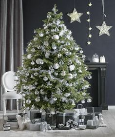 Le traditionnel sapin version blanc