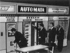 Keleti Railway Station, Budapest [1973]. Old Pictures, Old Photos, Alva Noto, Anno Domini, Past Present Future, Pressure Points, Vending Machine, Budapest Hungary, Homeland