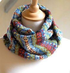 Ravelry: Border Fair Isle Scarf pattern by Helen Gray Designs Motif Fair Isle, Fair Isle Pattern, Fair Isle Chart, Fair Isle Knitting Patterns, Knit Patterns, Stitch Patterns, Knit Cowl, Knit Crochet, Crochet Granny