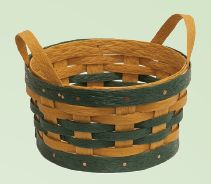 Amish Eco Friendly Egg Basket Indiana Baskets Collection Just the right size for a collection of eggs, the Amish Eco Friendly Egg Basket fits perfectly in your kitchen. Handwoven baskets add a w Indiana, Urban Chicken Coop, Amish Crafts, Easter Egg Basket, Vintage Housewife, Home Decor Baskets, Round Basket, Amish Furniture, Wall Treatments