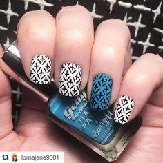 #Repost @lornajane9001 with @repostapp. ・・・ Nails inspired by a new skirt. Base coat using @chinaglazeofficial 'white on white' & @barrymcosmetics 'guava'. Stamped using @moyou_london 'black knight' and stamping pate 'explorer 25' #nails #nailart #nailsart #nailporn #nailstamp #nailstagram #nailsofinstagram #nailstamping #nailsoftheday #notd #nailsoftheweek #fashion #shirt #nailpolish #barrym #chinaglaze #moyoulondon #moyoulondonstamping #blackandwhite