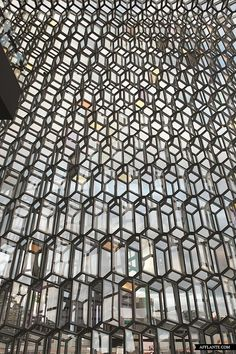 Harpa_Reykjavik_Concert_Hall_Olafur_Eliasson_and_Henning_Larsen_Architects_afflante_com_0_0