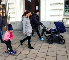 Victoria, Daniel, Estelle and Oscar were spotted in Stockholm for the first time in 2017 (01/01/17)