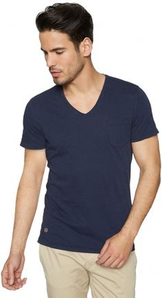 newest collection 26965 baa8e 9 Best T-Shirts For Men images in 2015 | Supreme t shirt, T ...