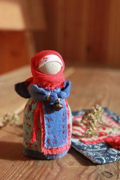 """Купить Куколка """"Хранитель кармашков"""" - синий, хранитель, куколка в кармашек, куколка на счастье, лаванда"""