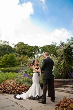 a beautiful wedding in Central Park's Conservatory Garden