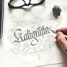 Gorgeous blackletter by @eindraw | #typegang if you would like to be featured | typegang.com | typegang.com #typegang #typography