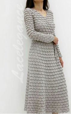 The dress of lace ribbon