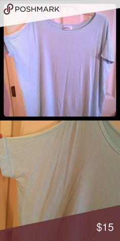 Piko tunic I've blue/mint piko tunic (material girls boutique) hits below hips. Can be worn with leggings. I'm 5'7 Tops Tunics