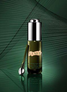 A mini-lift from La Mer. The Lifting Eye Serum. A precision eye serum that… Skincare Packaging, Cosmetic Packaging, Eyelid Lift, Bottle Drawing, Cosmetic Design, Best Fragrances, Perfume, Eye Treatment, Eye Serum