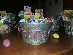 We love Easter designs at ArtShip design. There is so much you can create and these Easter baskets were created with acrylic pens. Easter Gift, Easter Baskets, Pens, Watercolor Art, Canning, Create, Gifts, Design, Products