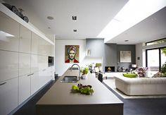 modern-victorian-home-living-space-4.jpg 1.100×760 píxeles