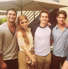 Tyler Hoechlin, Holland Roden, Dylan O' Brien and Tyler Posey (Derek, Lydia, Stiles and Scott in Teen Wolf)