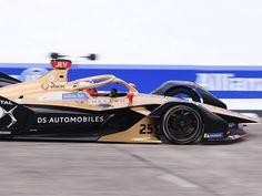 Jean-Éric Vergne (DS Techeetah Formula E Team) décroche sa 1ère pole position de la saison lors de l'e-Prix de Berlin III 2020, huitième manche du championnat […] Jaguar, Mercedes Benz, Bmw, Racing, Position, Berlin, Formula E, Sleeve
