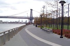 East River Park, New York. Image by Beyond My Ken