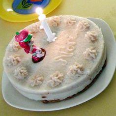 Babatorta 1. születésnapra (cukormentes-tojásmentes-tejmentes) Recept képpel - Mindmegette.hu - Receptek Birthday Candles, Cake, Food, Kuchen, Essen, Meals, Torte, Cookies, Yemek