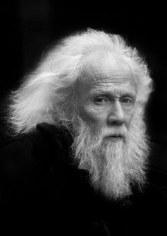 Portrait by Itzick Lev