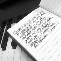 Ecco che arrivo a quegli accordi in sequenza così statunitensi... #lomo #music #writing #journal