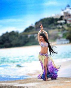 Yulianna Voronina #bellydance #bellydancer #dançadoventre #arabicdance #orientaldance #танецживота #肚皮舞 #ベリーダンス #الرقصالشرقي #danzadelvientre #danzaoriental #danzaarabe #rakssharqui #oryantal #orientalisimo #oriental #orientalism #dance #danza #danse #dancer #orientaldancer