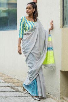 Urban Drape Light Up Saree Saree Jackets, Formal Saree, Grey Saree, Bodycon Outfits, Simple Sarees, Saree Look, Fashion Marketing, Saree Blouse Designs, Blouse Patterns