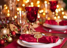 dining in style great ideas for christmas dining terrys fabrics gold christmas decorations - Red And Gold Christmas Decoration Ideas
