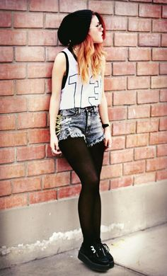 metalic grunge.... just the shorts and leggings tho <3