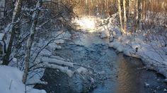 Kevät joella.