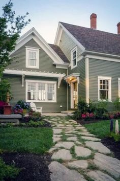 Green Exterior Paints, Green Siding, Exterior Paint Colors For House, Paint Colors For Home, Cottage Exterior Colors, Exterior Paint Ideas, Cottage House Exteriors, Brick Home Exteriors, Exterior Design Of House