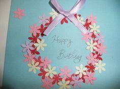 大好きな人に誕生日プレゼントをあげるとき、 誕生日を素敵な日にするためにはプレゼントだけでなく バースデーカードも添えることをおすすめします★  【関連記事】バースデーカードの書き方は?使える英語&フランス語メッセージ集付き!  【関連記事】手作りバースデーカードを彼氏に送ろう!可愛いくて簡単なデザイン集  市販のカードを利用してもよいですが、相手をより感動させるために バースデーカードを手作りしてはいかがでしょう�