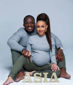 ASIA is on the Way💝 As seen via So Cute…….Con… ASIA is on the Way💝 As seen via So Cute…….Congratulations Photo by Edited… Maternity Photography Poses, Maternity Poses, Maternity Pictures, Maternity Fashion, Baby Pictures, Couple Pregnancy Photoshoot, Pregnancy Goals, Pregnancy Shoots, Baby Shoot