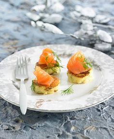 Christmas recipes                    Gravlax salmon with vodka  A tempting side dish