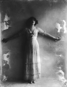 Gabrielle Ray by Alexander Bassano, 1911