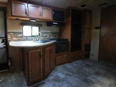 2016 New Crossroads Sunset Trail 250RB Travel Trailer in Colorado CO.Recreational Vehicle, rv, 2016 Crossroads Sunset Trail250RB, 2nd Clear Skylight w/Shade, 30# LP Tanks and Cover, 64in Tri-Fold Sleeper Sofa, Decor- Enzo, One Piece Black Sink Cover, Power Tongue Jack, RVIA Seal, Sunset Package, Winterization,