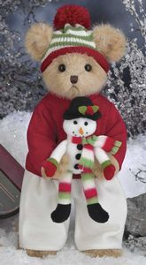 Shop and add to your collection, Bearington Blake and Snowflake cuddly Christmas teddy bear. Blake holds snowflake and is dressed warm and cozy in a red and white outfit. Christmas Teddy Bear, Christmas Toys, A Christmas Story, Christmas Snowman, Christmas Holiday, Old Teddy Bears, Boyds Bears, Teddy Bear Pictures, Bear Doll