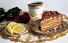 Торт «Крем брюле». Готовим дома вкусный торт «Крем брюле». Простой рецепт приготовления торта «Крем брюле». Как самому приготовить бисквитный торт крем брюле.